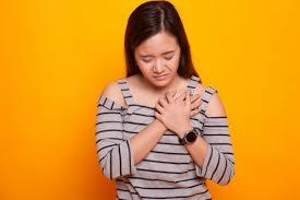 علائم سرطان ریه در زنان