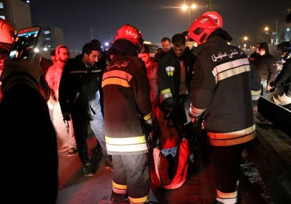 مرگ تلخ زن جوان که در اتوبان خرازی له شد + عکس 18+