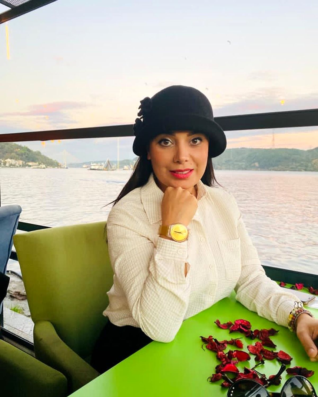 صبا راد از خانه اعیانی اش در ترکیه رونمایی کرد| بازگشت صبا راد به ایران