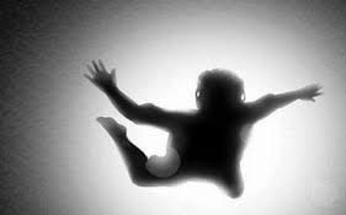 خودکشی مرد جوان از طبقه ششم + عکس هولناک