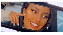 سلفی جنجالی ترلان پروانه در خودرو لاکچری اش