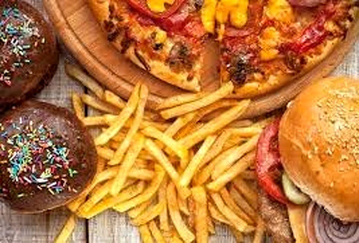 چرا پیتزا و همبرگر نخوریم؟