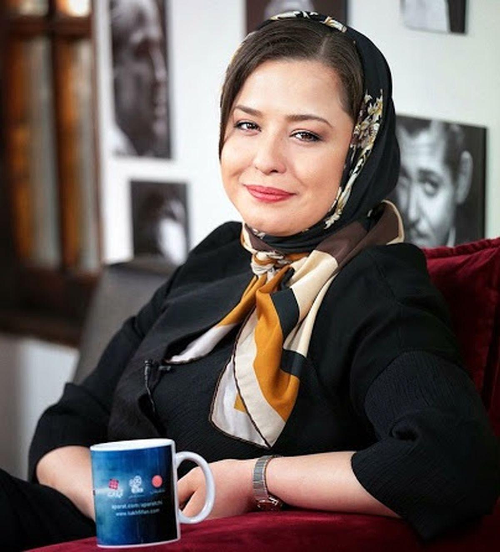 چالش شال زرد مهراوه شریفی نیا و جمعی از بازیگران زن + کلیپ جنجالی