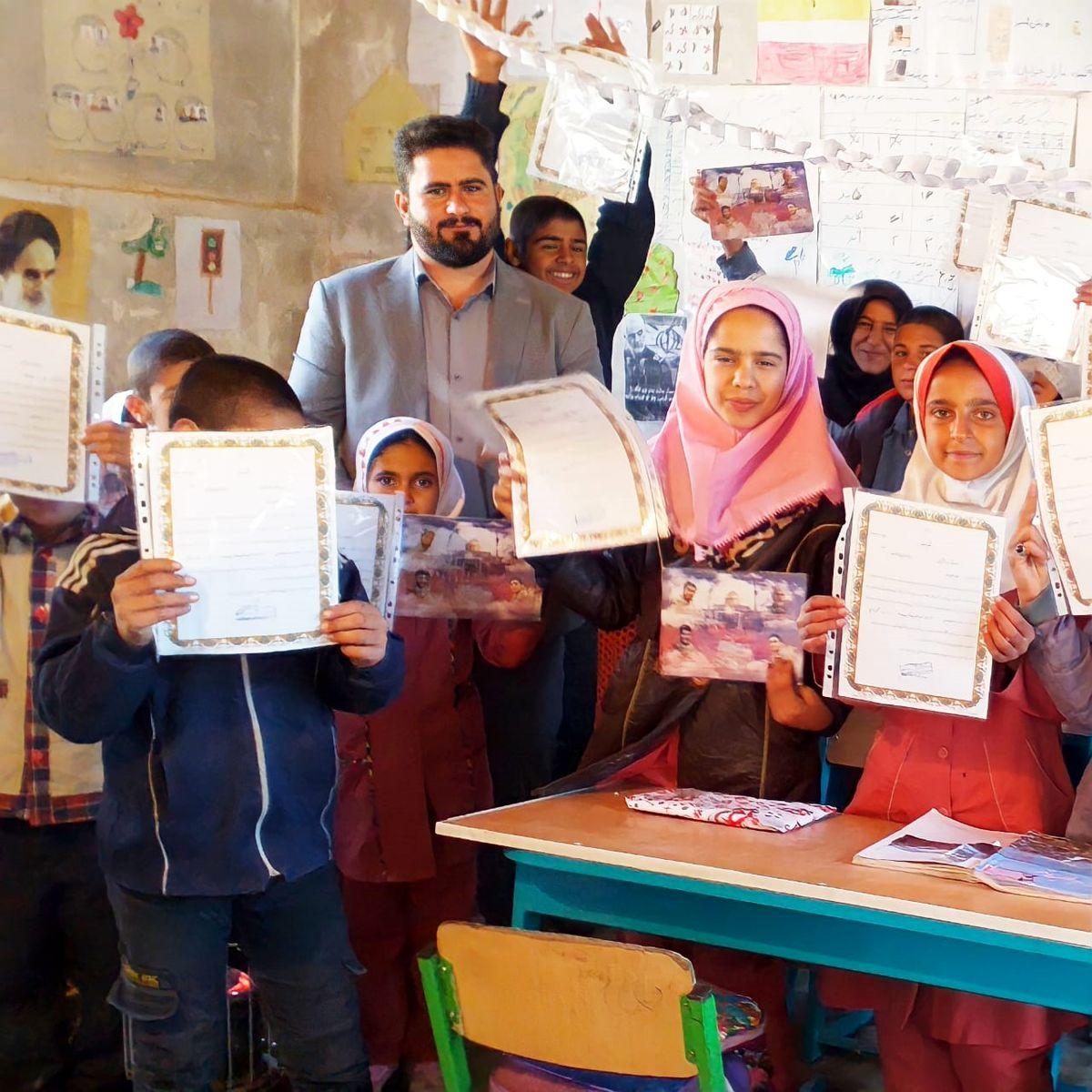 معلم مناطق محروم ایران با این حرکتش جهانی شد + کلیپ