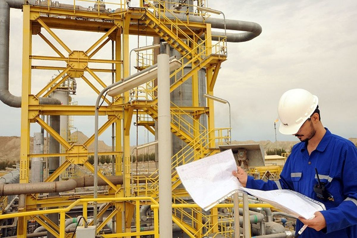 استخدام جدید صنعت نفت / افراد کار بلد را استخدام می کنیم + جزئیات مهم