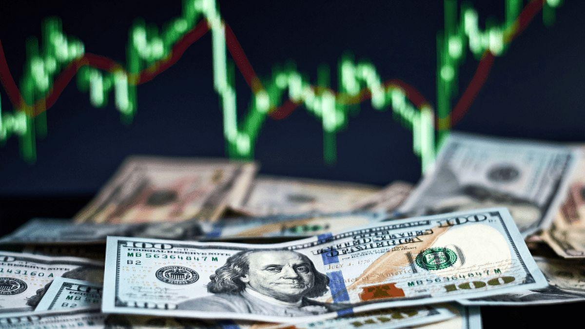 قیمت دلار به زیر مرز ۲۰ هزار تومانی می رود + جزئیات