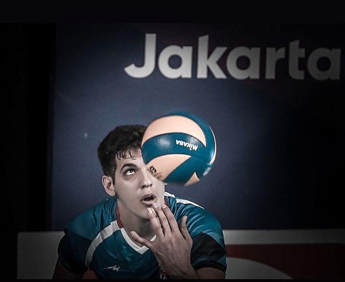 عکس های شخصی صابر کاظمی بازیکن والیبال + زندگی نامه