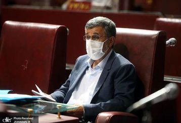 لباس و تیپ محمود احمدی نژاد  در مجمع سوژه شد!