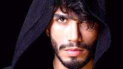 بازداشت مهراد جم  هنگام ورود به ایران+ جزئیات