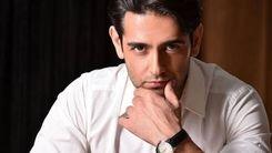 امیر حسین آرمان در ویلای شمرون + عکس لاکچری